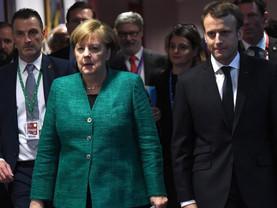 Macron et Merkel veulent définir le futur de l'union monétaire d'ici mars
