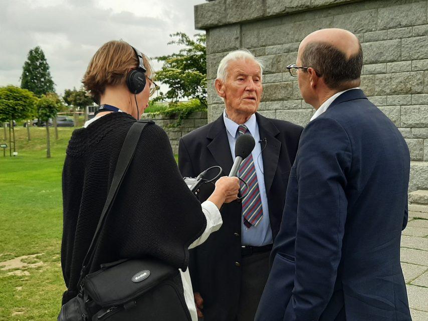 Paul Golz, vétéran allemand, était invité à cette cérémonie commémorative du 75e anniversaire du Débarquement en Normandie. (©Vanessa Thierrée / Le Renaissance Le Bessin)