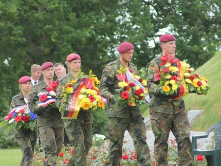 75 D-Day. La paix célébrée au cimetière allemand de La Cambe