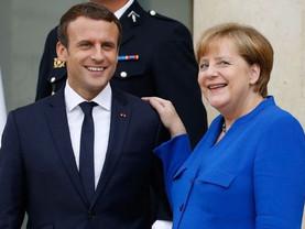 Défense et immigration: Merkel se rallie enfin à Macron