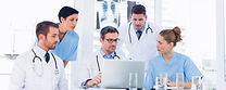 Expert-doctors-working-as-a-team-e154178