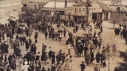1936SHOW-Background.jpg
