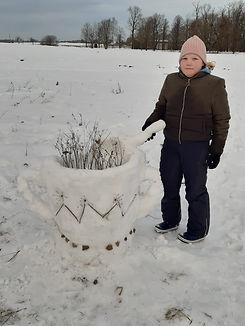 Paula Jurjane Sniega skulptūra.jpg