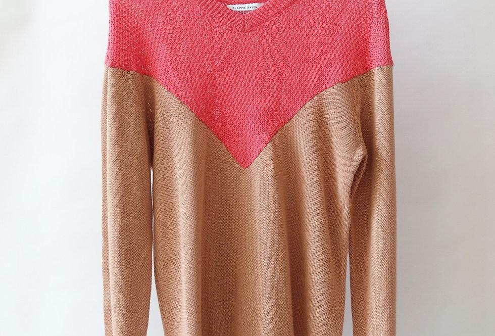 item #24 - jumper