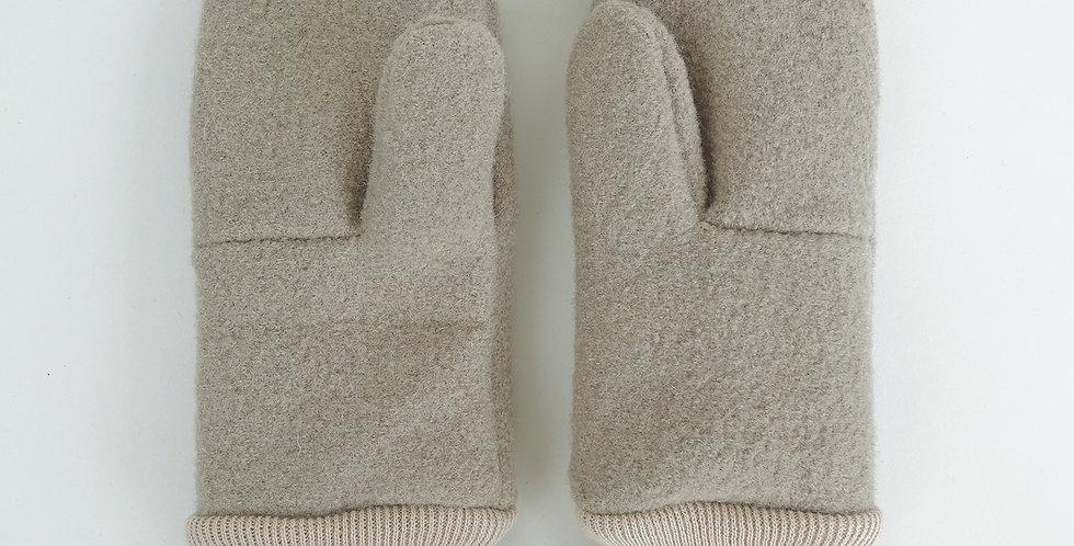 things #04 woollen mittens