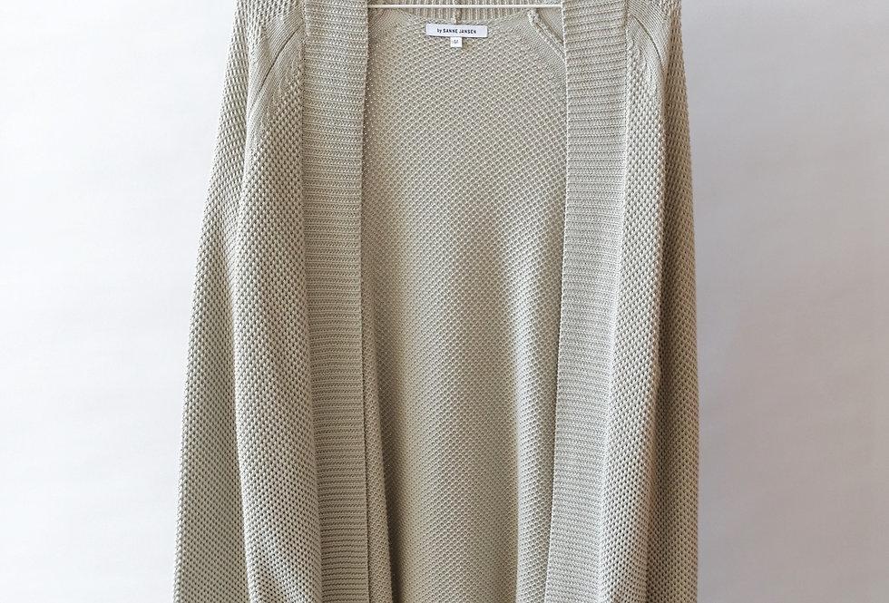 item #26 - knitwear