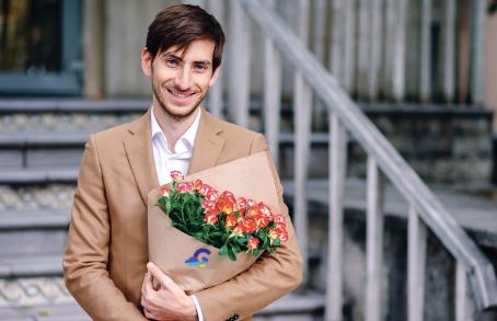 Men Love Flowers