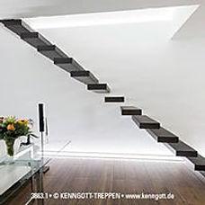 Kragarmtreppe Stein