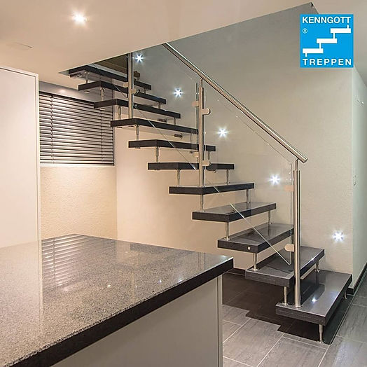 Granit freitragende Treppe