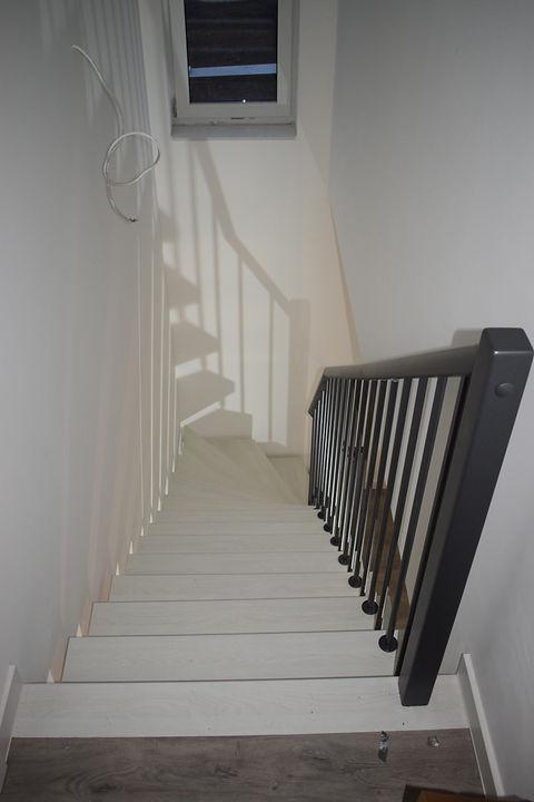 Bolzentreppe, Freitragende Treppe, Treppen, Holztreppen