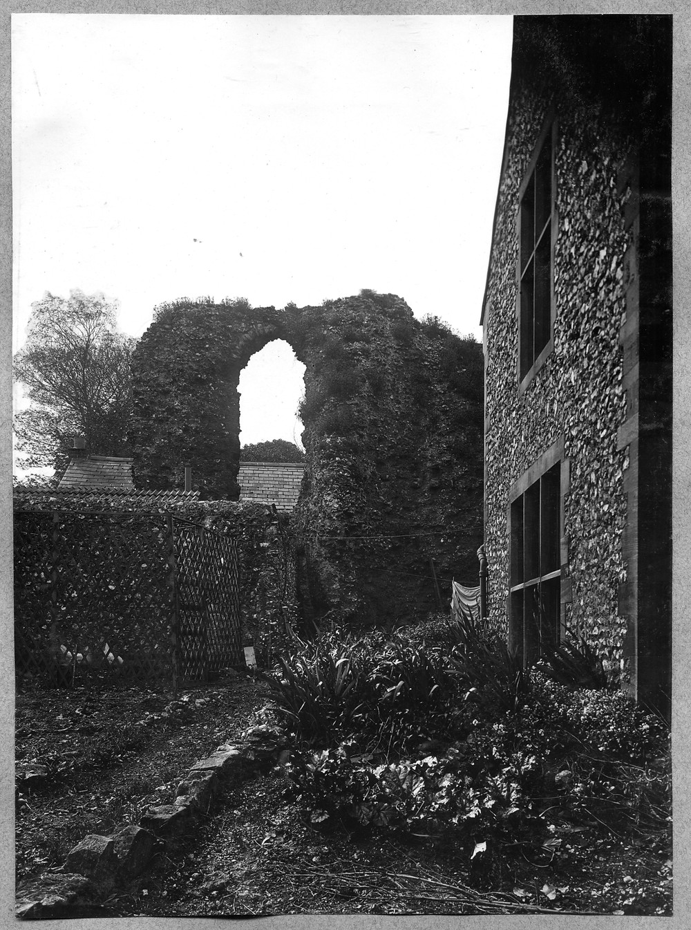 Early photo of St James' garden