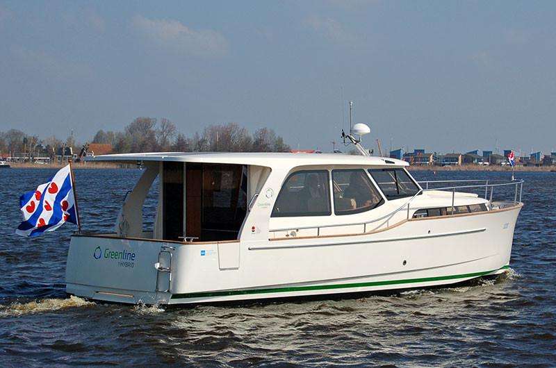 Eine Hybrid-Motorjacht von Greenline.