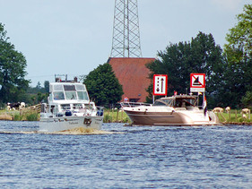 Geisterschiffe auf dem PM Kanal