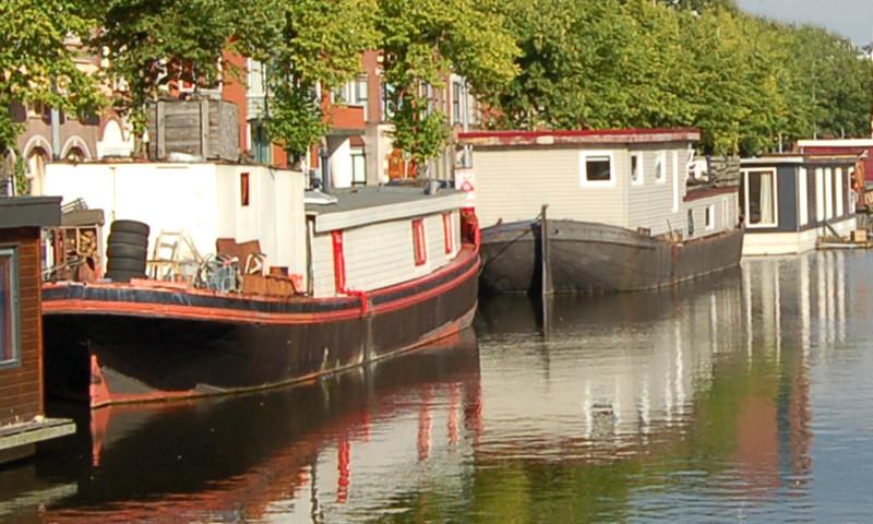 Einst waren Wohnboote günstige Unterkünfte für weniger Betuchte.
