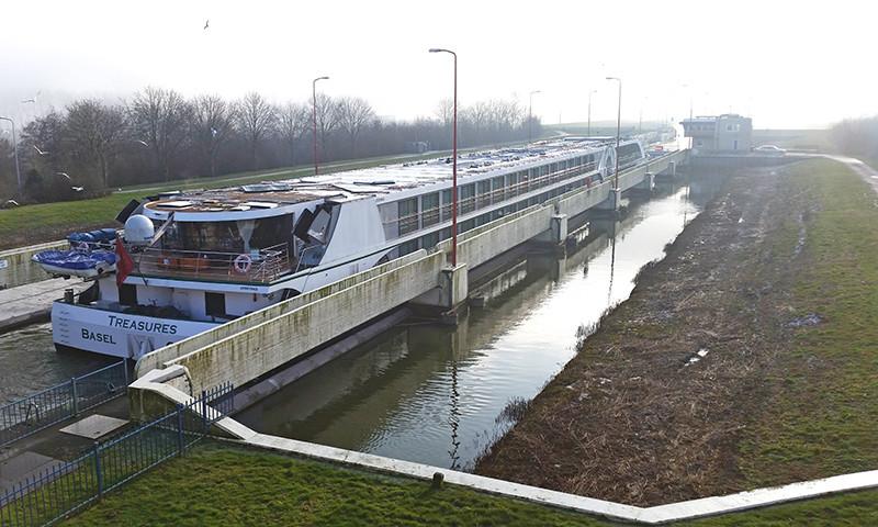 In der Fahrsaison 2021 werden diverse Brücken und Schleusen länger bedient.