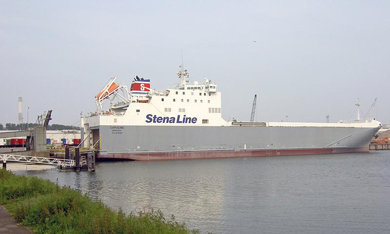 In vielen Fährhäfen versuchen Migranten an Bord von LKW zu gelangen, um so nach Großbritannien einzureisen.