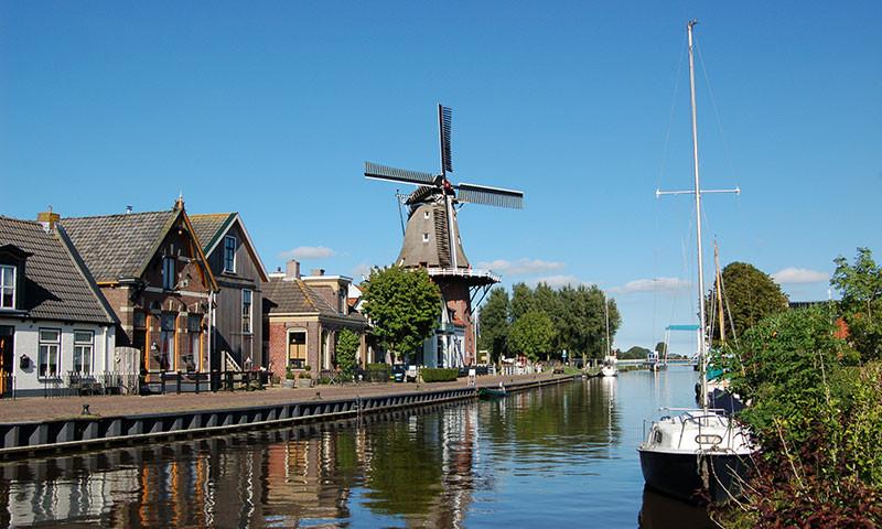 Typisch für die Niederlande sind die zahlreichen Windmühlen.