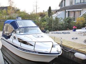 Boot und Bungalow