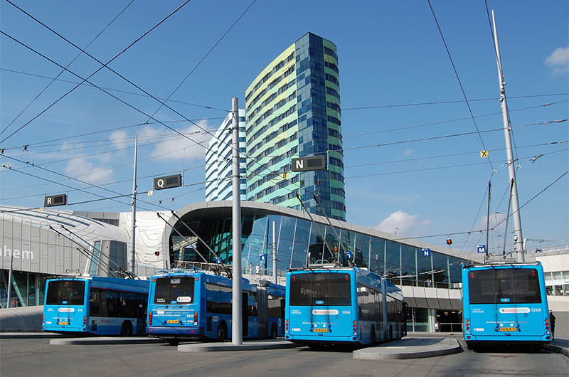 Auf viele Busse und Züge dürften Reisende 28. Mai vergebens warten.
