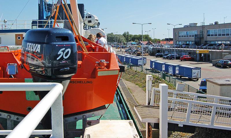 Die Fährhäfen zu den niederländischen Wattinseln werden renoviert.