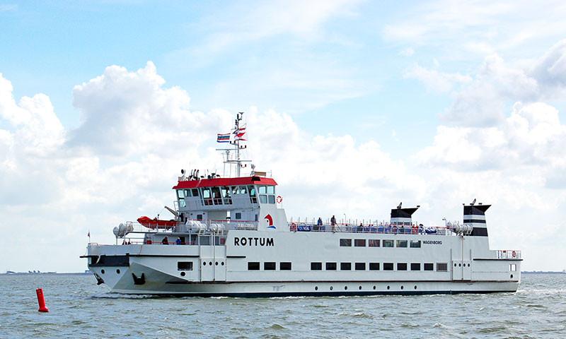 Die Fähren zu den niederländischen Watt-Inseln sind noch ohne Einschränkungen im Betrieb.
