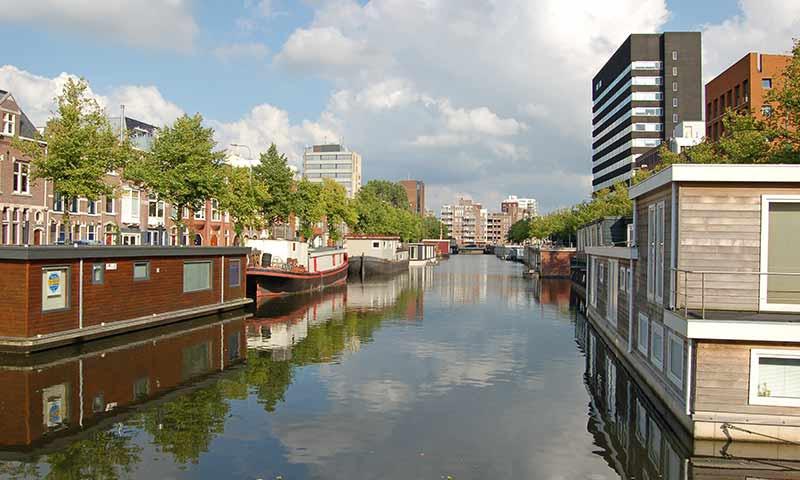 Symbolbild; Wohnboote in  Groningen.