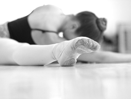Flexibility stretches for dancers to do at home.