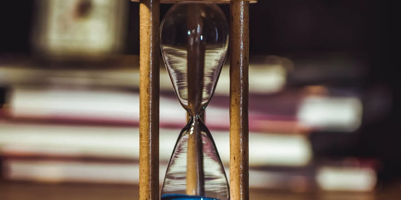 «C'est ASAP, vu la deadline» : la fabrique des urgences en entreprise
