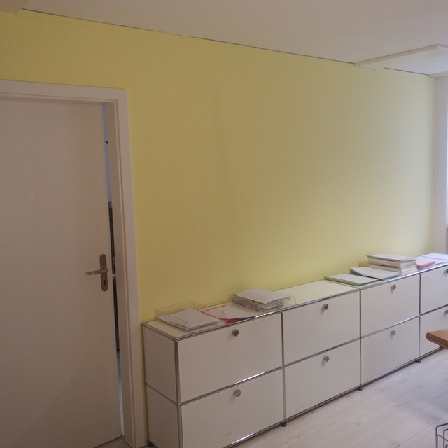 Erik converted a basement room into an office for me. The work was impeccable and the cooperation was very pleasant. That's why I gave him a follow-up order (installation of a partition wall with door), which was also carried out perfectly.  lic.iur. Rechtsanwalt Andreas Leuch