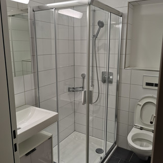 After with Shower enclosure