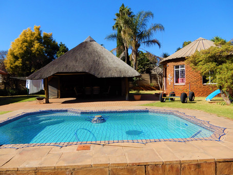 URGENT SALE- MAKE AN OFFER- Eldoraigne - R 2 249 000