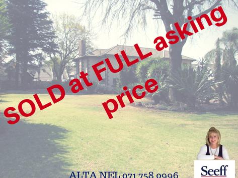 6 bedroom villa SOLD in Eldoraigne -  R4 750 000