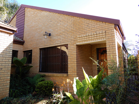3-Bedroom duet for sale in Eldoraigne -  R1 850 000
