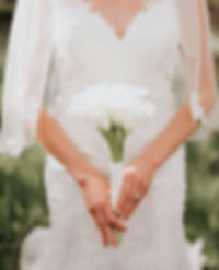 Bride with simple bouquet