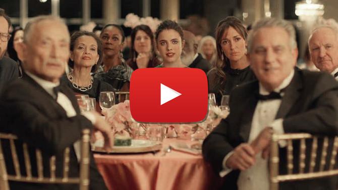 La vidéo explosive de Spike Jonze pour le lancement du parfum Kenzo World