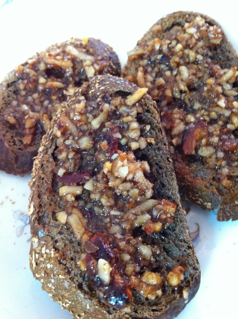 """Silan spread with nuts - """"Energy booster"""" for blood and Qi"""