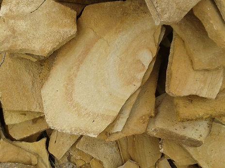Декоративный натуральный камень пластушк