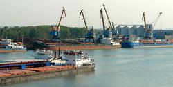 Поставка щебня песка в Крым
