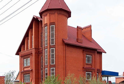 Дом из Новокубанского красного кирпича.j