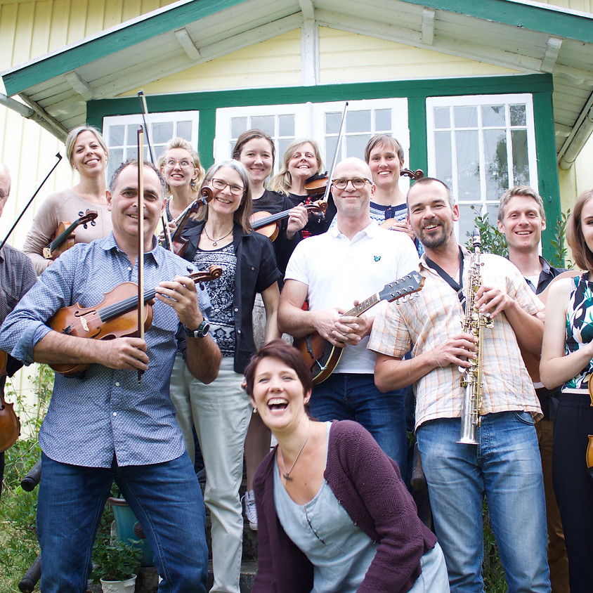 """Folkmusik med """"Högt i tak"""""""
