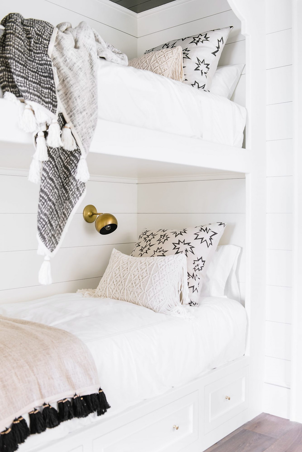 Modern Farmhouse Bunk Room. White Walls, Black Shiplap Ceilings. Natural Bunk Beds.