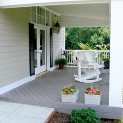 Ladybug Cottage Patio