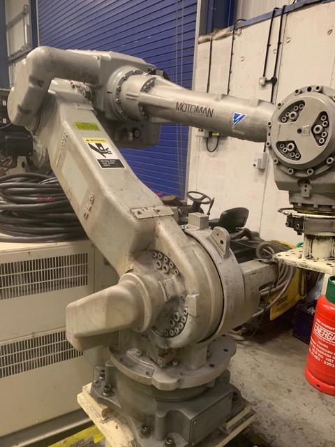 Motoman_UP50N_industrial_robot_UK_stock_