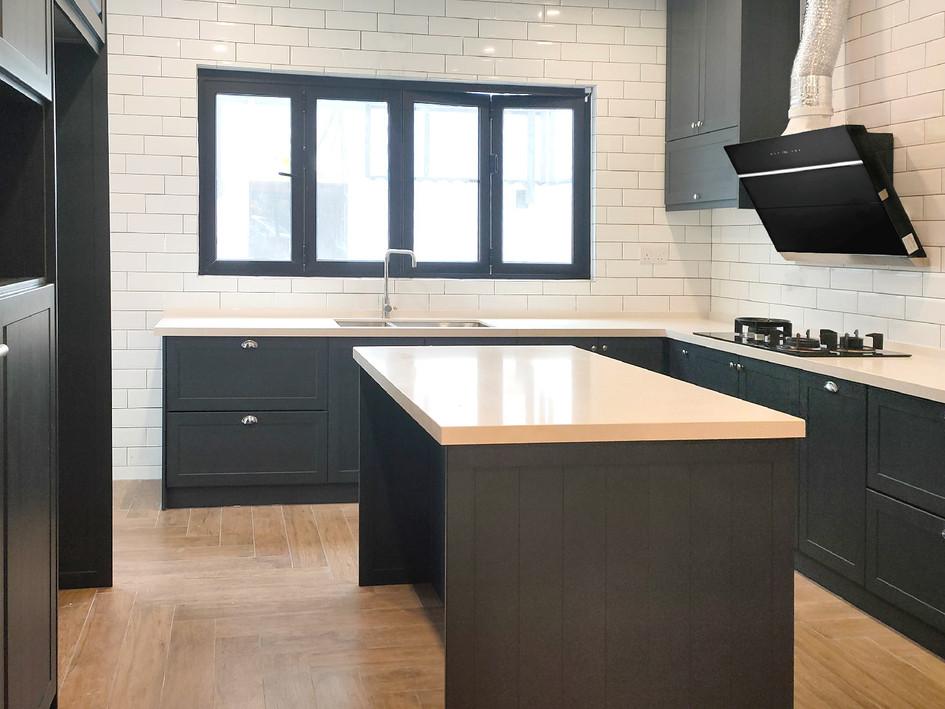Black Woodgrain Aluminium Kitchen Cabinet