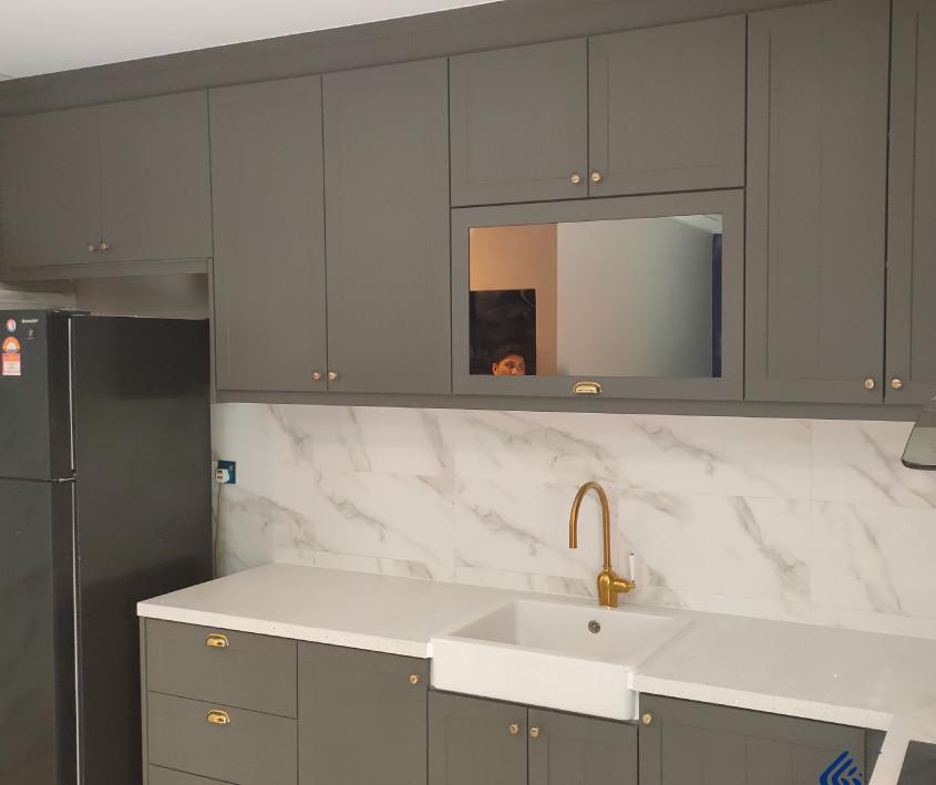 Grey Woodgrain Aluminium Kitchen Cabinet