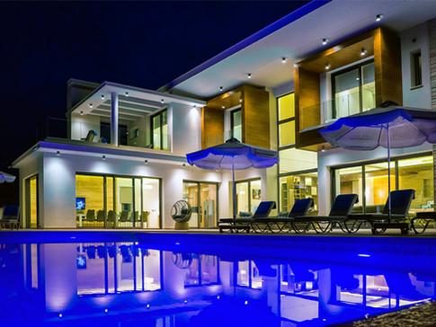Villa Avyana