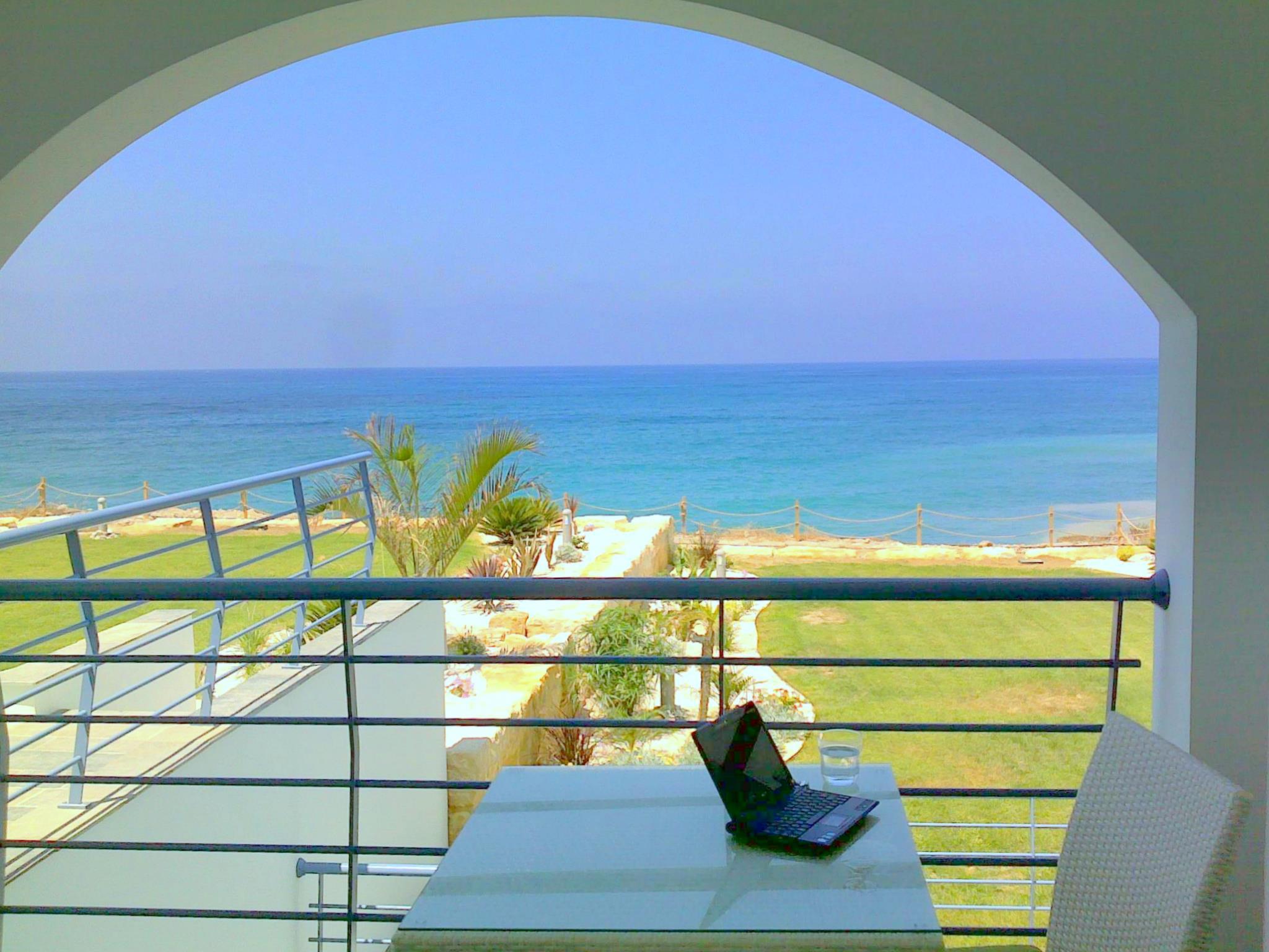 Blue Coral Oceanos Beach Villa Pafos