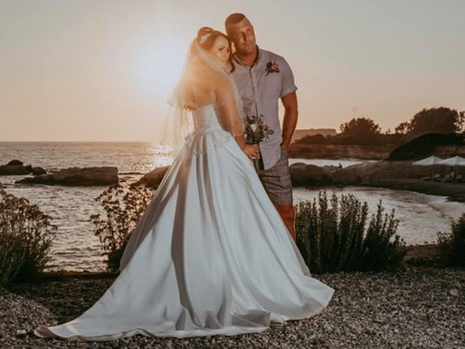 Katie & Craig, 26th July 2019 at Cap St George