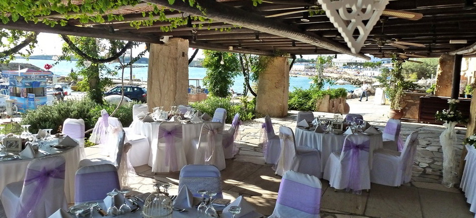 The Limani Taverna at the Coral Beach Hotel