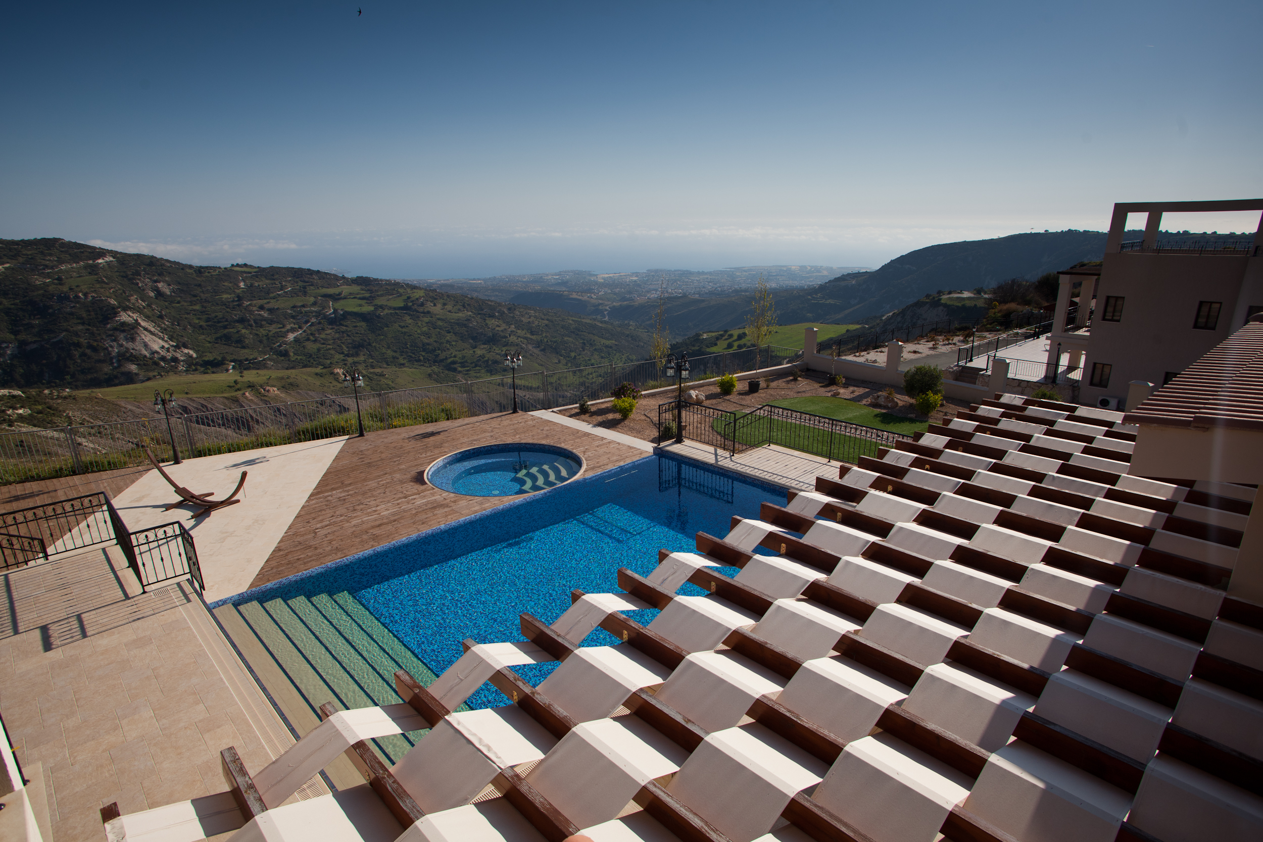 Eagle's cliff villa holiday Cyprus